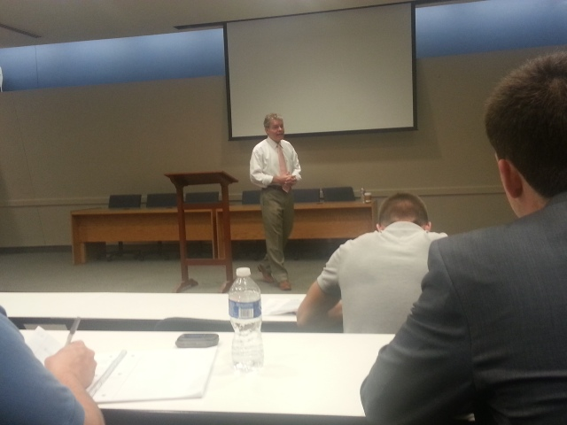Craig Biddle giving his initial lecture on Ayn Rand's theory of rights.