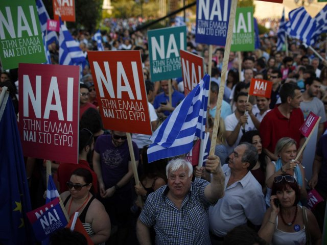 Greeks at a referendum protest, source: AP photo/Emilio Morenatti